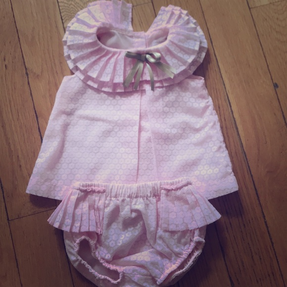 27f410d57c9 6-9 month Baby Girl top and diaper cover